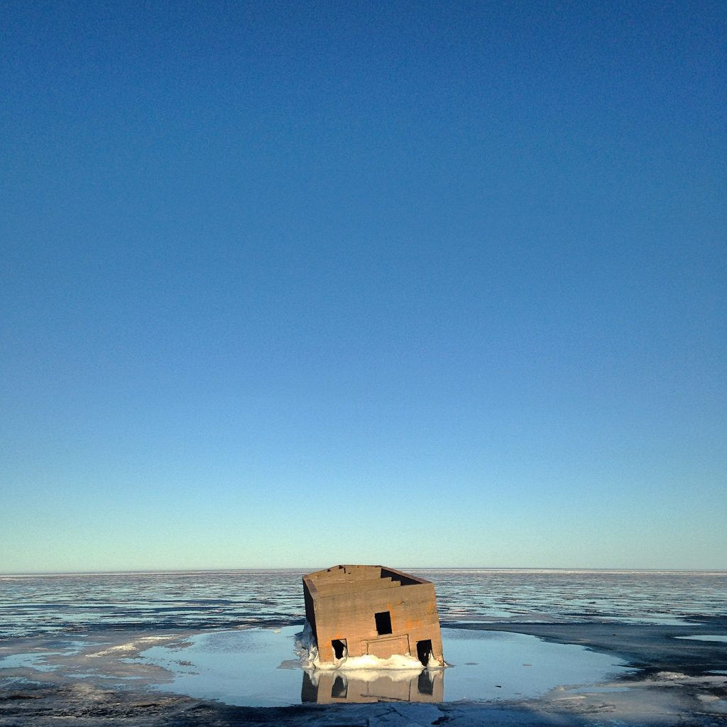 icehouse_lake_superior_yahya