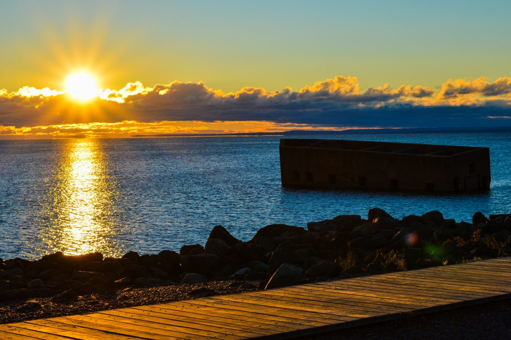 canal_park_sunrise_lake_superior_jonathan_portinga