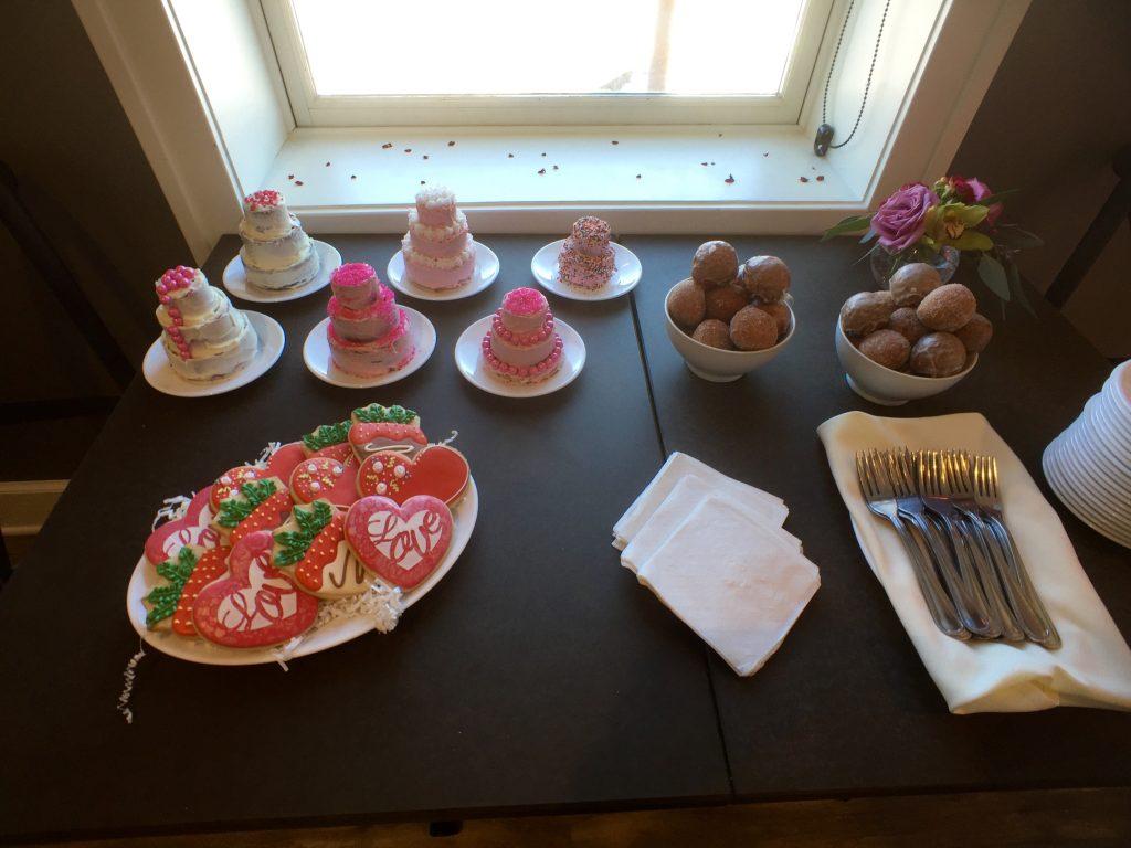 johnsons_bakery_bekahroos_dessert_duluth_mn