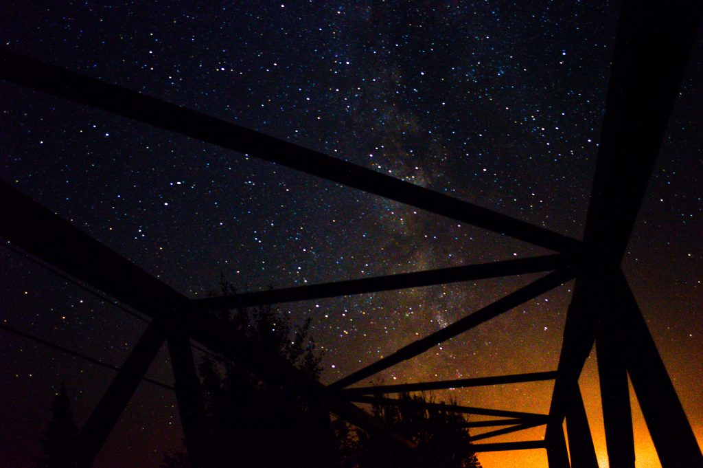 night_stars_bridge_duluth_mn_jonathan_portinga