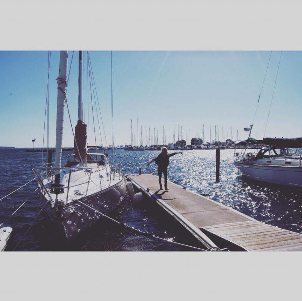 sailboat_water_duuluth_minnesota_sarah_fitch
