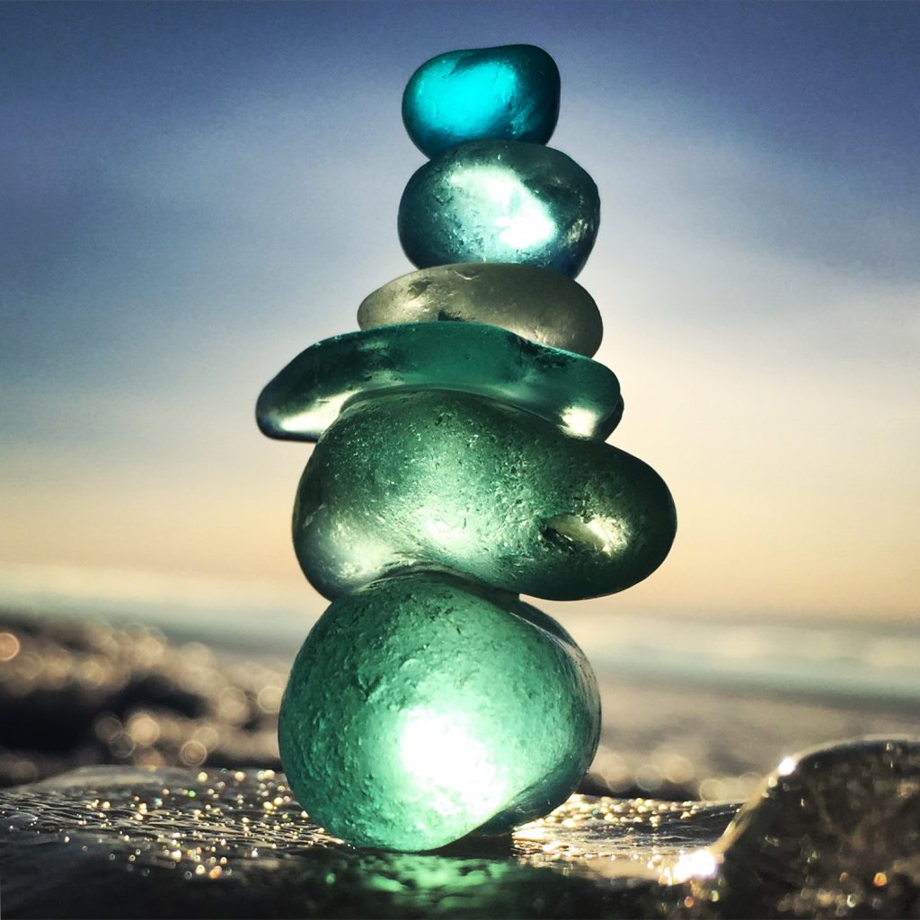 sculpture_beach_glass_water_duluth_mn_great_lake_anne_marie_gorham