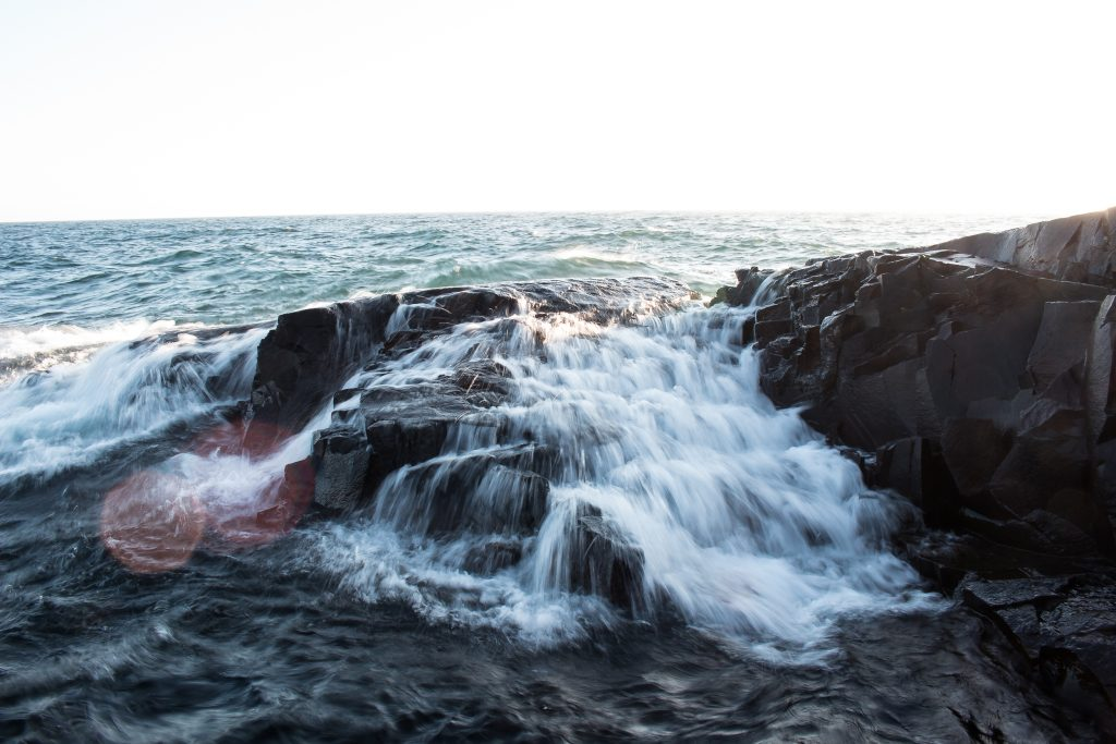 wave_lake_superior_water_duluth_mn_Braden_Doucette