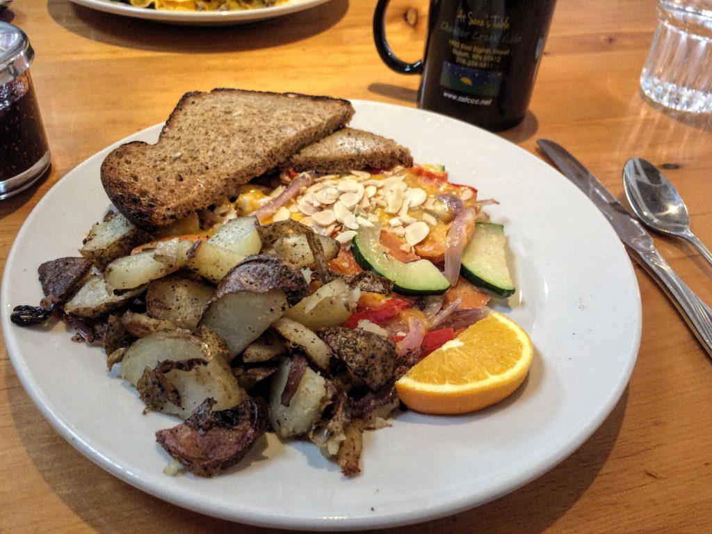 at_sarahs_table_umd_organic_omlette_brunch_duluth