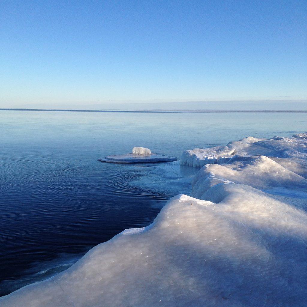 ice_lake_superior_photography_duluth_mn_melissa_maki