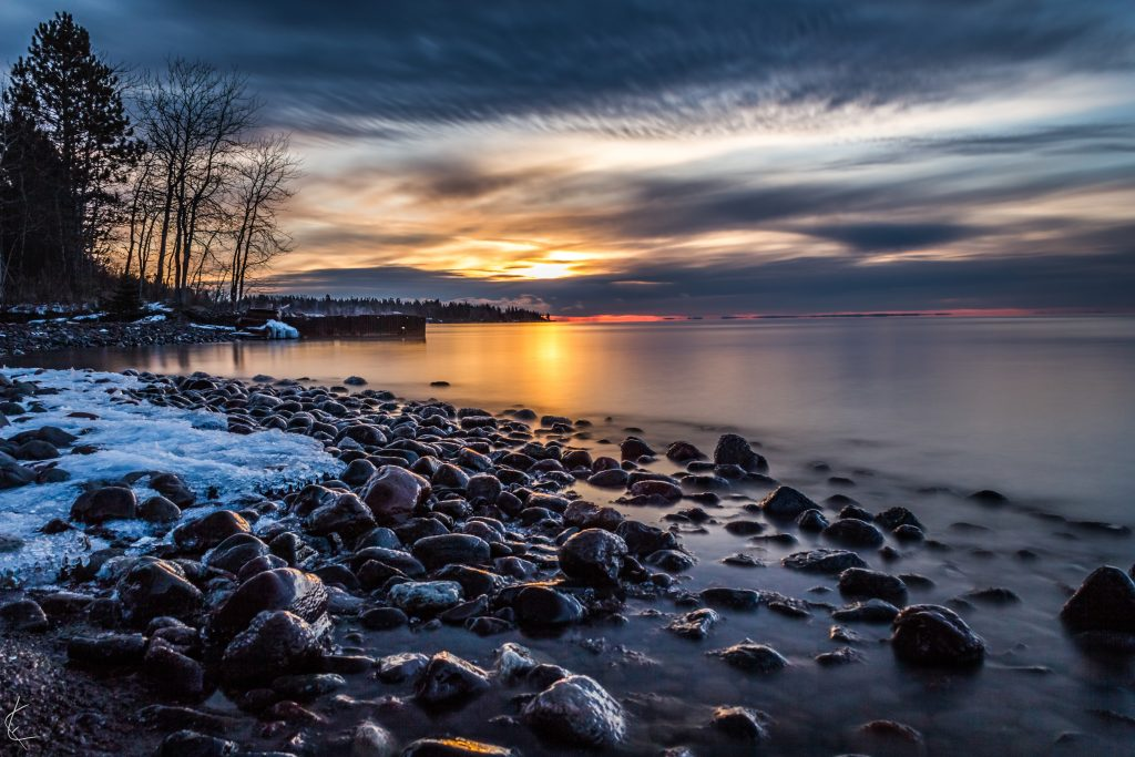 lake_superior_great_lake_sunset_shore_north_duluth_winter_spring_lloyd_fisher